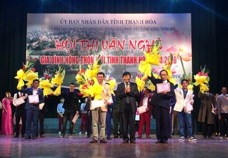 Thanh Hoa: Han hoan Hoi thi Van nghe gia dinh nong thon moi - Anh 3