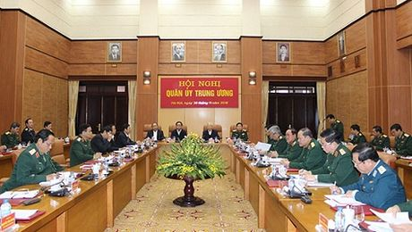 Tong Bi thu phat bieu chi dao Hoi nghi Quan uy Trung uong - Anh 2