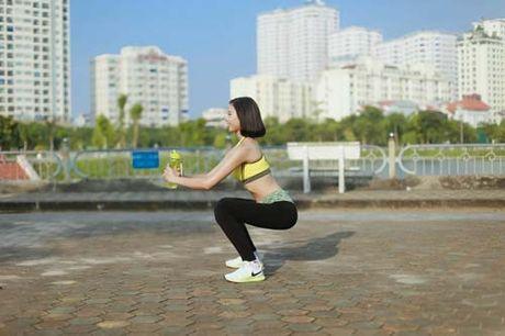Nguoi dep Dao Thi Ha luyen dang sexy ma chang can gym - Anh 11