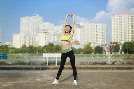 Nguoi dep Dao Thi Ha luyen dang sexy ma chang can gym - Anh 5