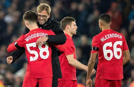 Liverpool 2-0 Leeds Utd: Jurgen Klopp lai ghi diem - Anh 1