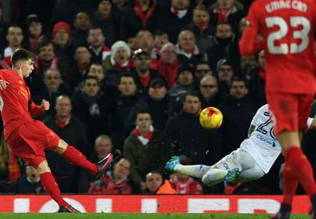 Fan Liverpool khen Ben Woodburn nhu Gerard moi, gioi hon ca Rashford - Anh 1