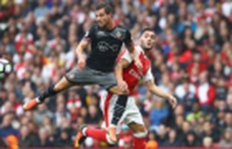 02h45 01/12, Arsenal vs Southampton: Cuoc choi cua lop tre - Anh 8