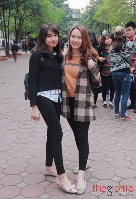 Thoi trang 'chat dung hoi' cua SV Hoc vien Tai chinh - Anh 2