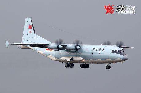 Lo nuoc dau tien dam mua van tai co Y-9E Trung Quoc - Anh 1