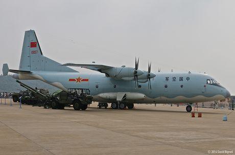Lo nuoc dau tien dam mua van tai co Y-9E Trung Quoc - Anh 4