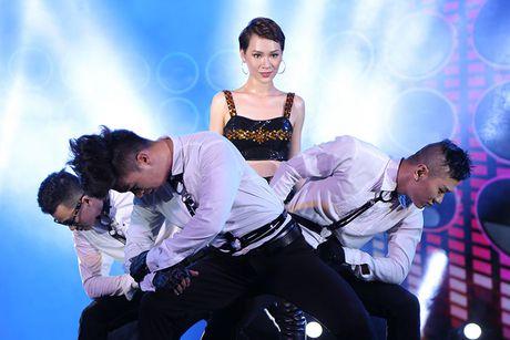 Khong the roi mat truoc su nong bong cua Tra My Idol - Anh 9