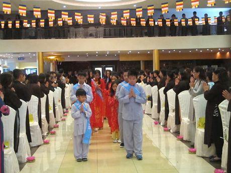 Hoi Phat tu Viet Nam tai Czech 10 nam song hanh cung cong dong - Anh 1