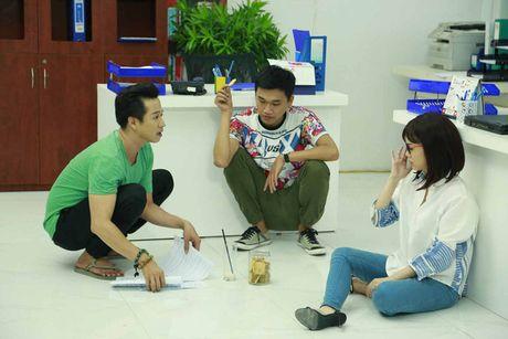 He lo hinh anh hau truong sitcom moi Xin chao ong chu - Anh 2