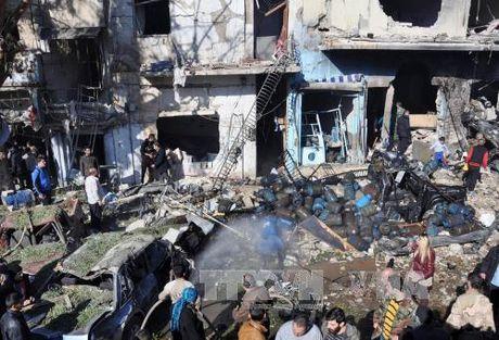 My thua nhan tan cong binh si Syria, gan 90 nguoi thiet mang - Anh 1