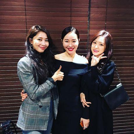 Loat sao Kpop pha vo dinh kien 'dien vien dep hon idol' - Anh 8