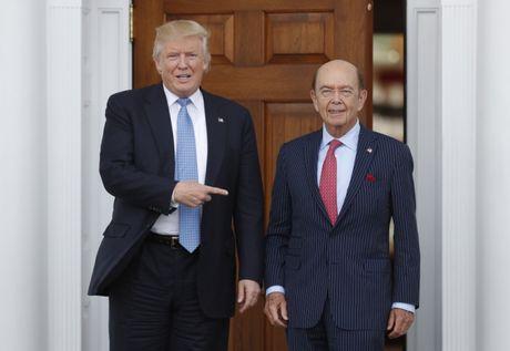 Gia khung cho ve tham du le nham chuc Tong thong cua ong Trump - Anh 1