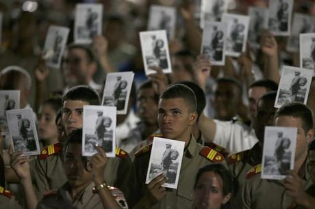 Lanh dao the gioi hoa cung bien nguoi tuong niem ong Fidel Castro - Anh 3