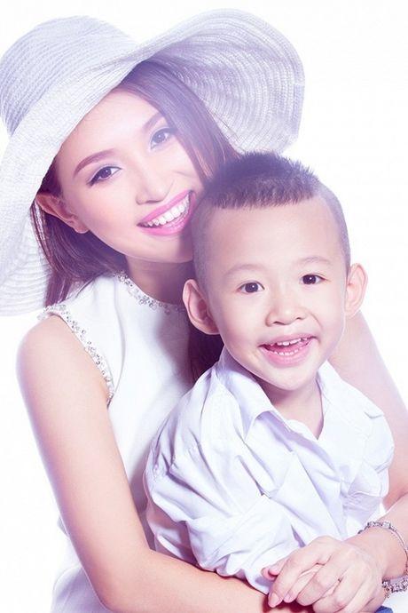 Tin giai tri ngay 30/11: MC Phan Anh da mo lai Facebook - Anh 1