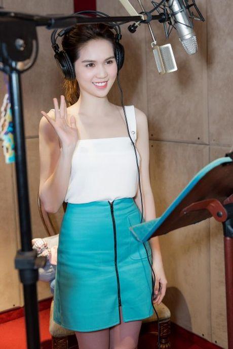 Ngoc Trinh bat ngo long tieng cho voi Meena - Anh 1