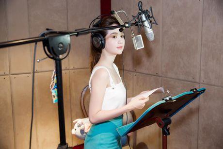 Ngoc Trinh bat ngo long tieng cho voi Meena - Anh 4
