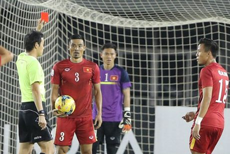 DT Viet Nam truoc tran ban ket luot di AFF Cup 2016: Thach thuc cua HLV Huu Thang - Anh 1