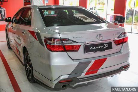 Sau Viet Nam, Toyota Camry ban nang cap ra mat tai Malaysia - Anh 10