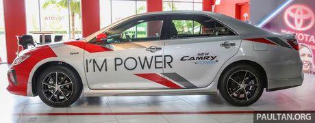 Sau Viet Nam, Toyota Camry ban nang cap ra mat tai Malaysia - Anh 12