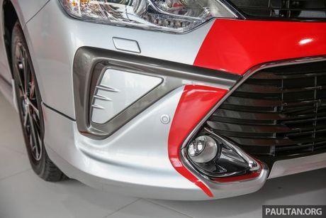 Sau Viet Nam, Toyota Camry ban nang cap ra mat tai Malaysia - Anh 14