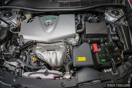 Sau Viet Nam, Toyota Camry ban nang cap ra mat tai Malaysia - Anh 4