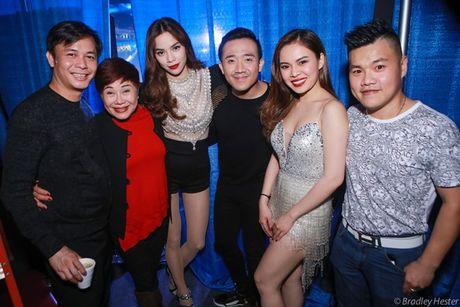 Lo anh Ho Ngoc Ha than mat voi Chu Dang Khoa tai My - Anh 1