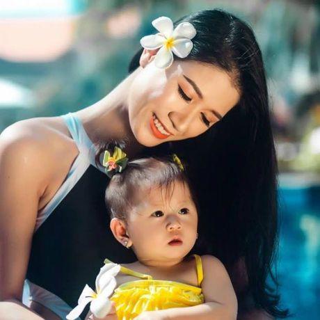 Trang Tran ke lai chuyen nam de van to son, tu quay video - Anh 1