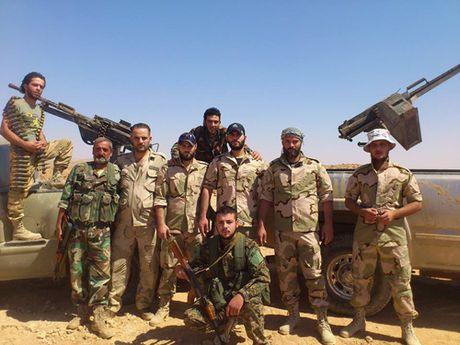 Nghi van ve sai sot tinh bao khien My doi bom giet 60 linh Syria - Anh 3