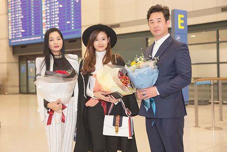 Midu bat ngo nhan giai dien vien Chau A xuat sac tai Korean Culture Entertainment Awards 2016 - Anh 10