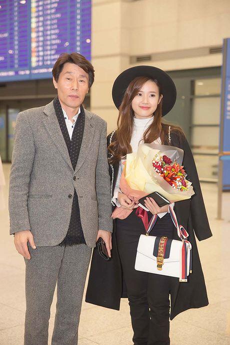 Midu bat ngo nhan giai dien vien Chau A xuat sac tai Korean Culture Entertainment Awards 2016 - Anh 11