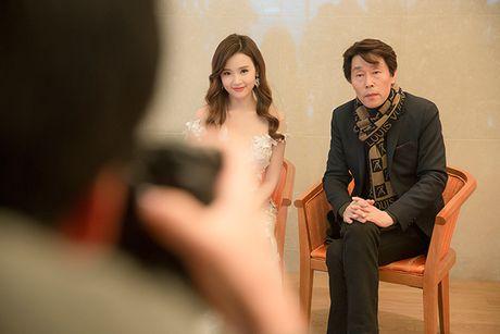 Midu bat ngo nhan giai dien vien Chau A xuat sac tai Korean Culture Entertainment Awards 2016 - Anh 7