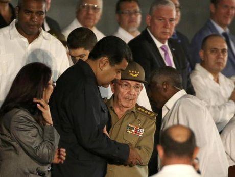 Hang chuc nghin nguoi tuong niem lanh tu Fidel Castro o Havana - Anh 3