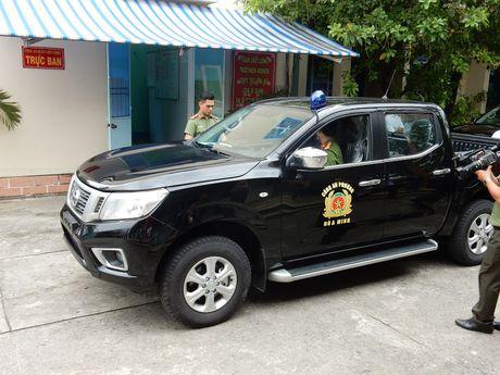Da Nang chi tien ti mua oto, xe may cho cong an phuong - Anh 2