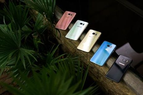 Nhung sac mau 'trieu Like' tren bo suu tap Galaxy S7/S7 edge - Anh 8