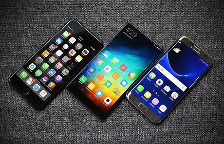 Thi truong smartphone: 'Bua tiec' da tan cuoc - Anh 1