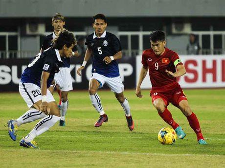 Viet Nam phai vuot qua 'loi nguyen' lich su AFF Cup - Anh 1