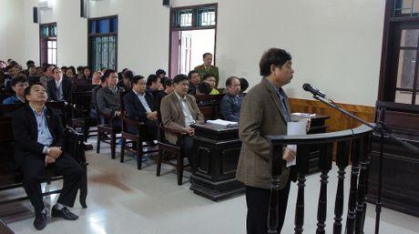 Nguyen chu tich huyen Ky Anh bi de nghi 12-13 nam tu - Anh 2