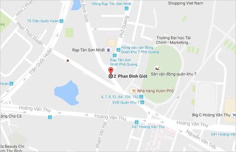 Nguoi di xe may sup ho o cua ngo san bay Tan Son Nhat - Anh 2