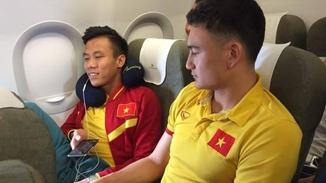 May bay chao dao, DTVN 'het hon' - Anh 1