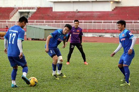 CAP NHAT sang 30/11: Indonesia co nguy co mat thu quan o tran dau voi Viet Nam. PSG lien he voi Messi - Anh 2