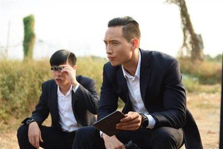 Diep Lam Anh bat ngo bi Thai Hoa vo trong 'Ve si Sai Gon' - Anh 12