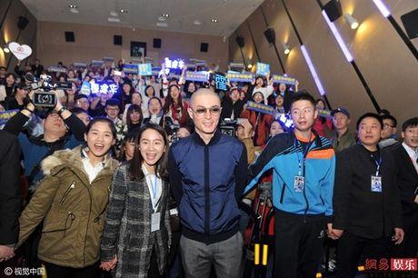 Showbiz 30/11: Em trai Thanh Duy trai long, Hoac Kien Hoa thai do kho chap nhan - Anh 3