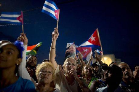 Cac nha lanh dao the gioi den tien biet lanh tu Cuba Fidel Castro - Anh 1