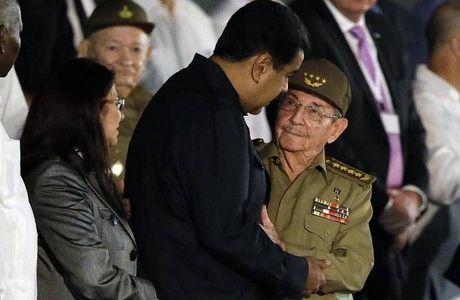Cac nha lanh dao the gioi den tien biet lanh tu Cuba Fidel Castro - Anh 3