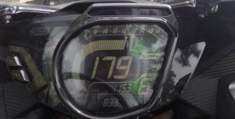 Honda CBR250RR tiet lo van toc toi da thuc te - Anh 2