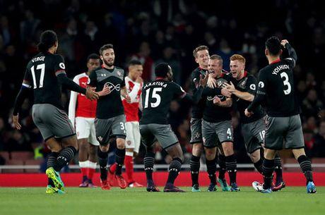 Clip Southampton 'da vang' Arsenal khoi EFL Cup - Anh 1