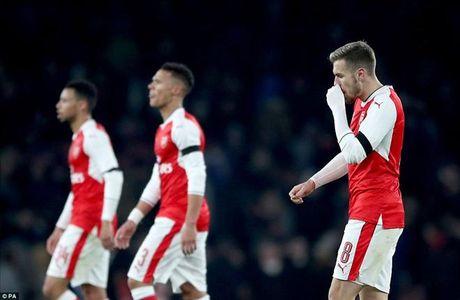 Thua mat mat truoc Southampton, Arsene Wenger che hoc tro yeu duoi - Anh 1