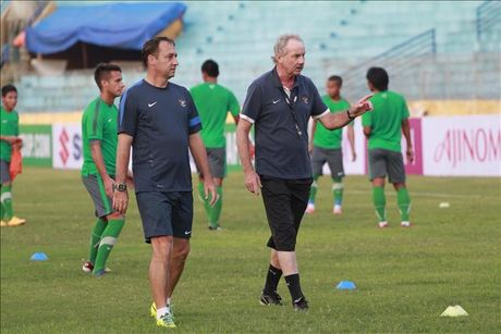 HLV Alfred Riedl tu tin danh bai DT Viet Nam o ban ket AFF Cup - Anh 1