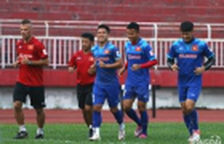 Tin buon: Bo cua tuyen thu Vu Minh Tuan qua doi - Anh 2