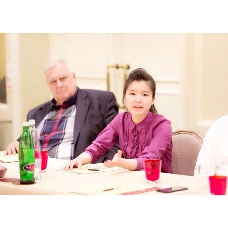 Chan dung co gai goc Viet lam viec cho to Huffington Post - Anh 2
